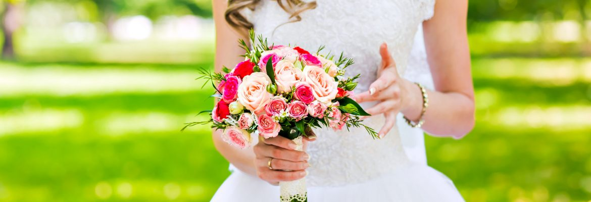 beautiful wedding bouquet with pink roses, bridal bouquet